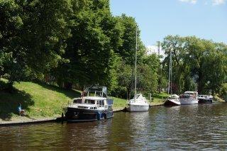 http://www.yachtcharterwetterwille.de/uploads/images/reisverslagen/Leeuwarden_1.JPG