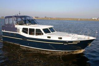 http://www.yachtcharterwetterwille.de/uploads/images/schepen-klein/Vacance1200_Amazone.JPG
