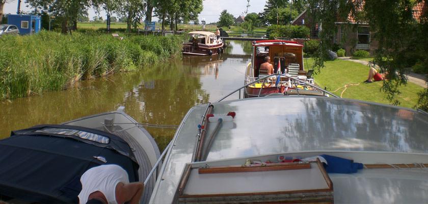 http://www.yachtcharterwetterwille.de/uploads/images/slider/2e-weekend-ymkje-010.jpg