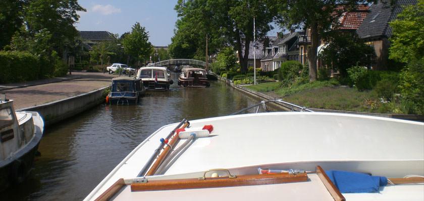http://www.yachtcharterwetterwille.de/uploads/images/slider/2e-weekend-ymkje-020.jpg