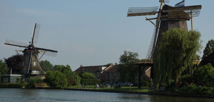 http://www.yachtcharterwetterwille.de/uploads/images/slider/Holland-2012-108.jpg