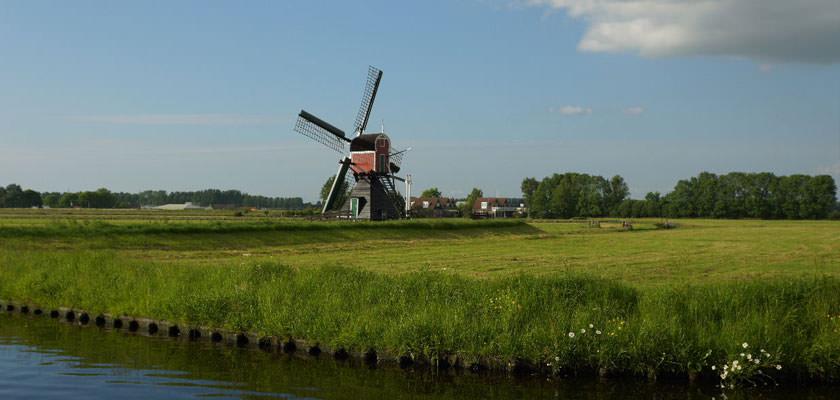 http://www.yachtcharterwetterwille.de/uploads/images/slider/Holland-2012-276.jpg