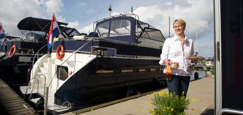 http://www.yachtcharterwetterwille.de/uploads/images/slider/bedrijfspresentatie31.jpg