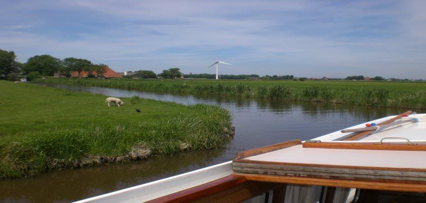 http://www.yachtcharterwetterwille.de/uploads/images/slider/weekend_ymkje__2_.JPG
